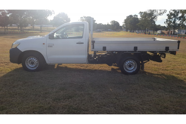 2014 Toyota HiLux KUN16R Turbo Workmate Cab chassis Image 4