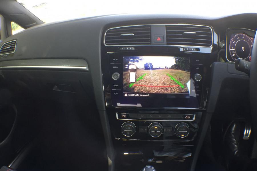 2019 Volkswagen Golf 7.5 GTi Hatchback Image 10