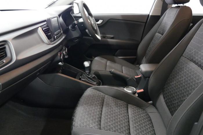 2018 MY19 Kia Rio YB S Hatchback