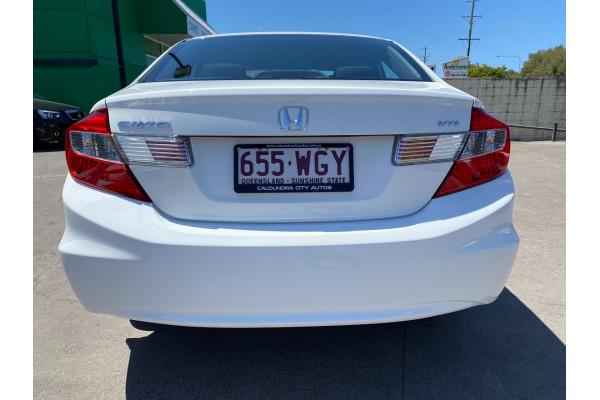 2013 Honda Civic 9th Gen Ser II VTi Sedan Image 4