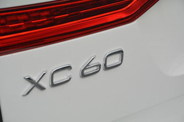 2020 Volvo XC60 UZ D4 Momentum Suv Image 5