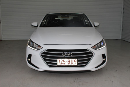 2017 MY18 Hyundai Elantra AD Active Sedan Image 3