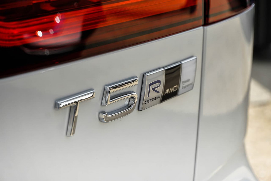 2019 MY20 Volvo V60 F-Series T5 R-Design Wagon Image 20