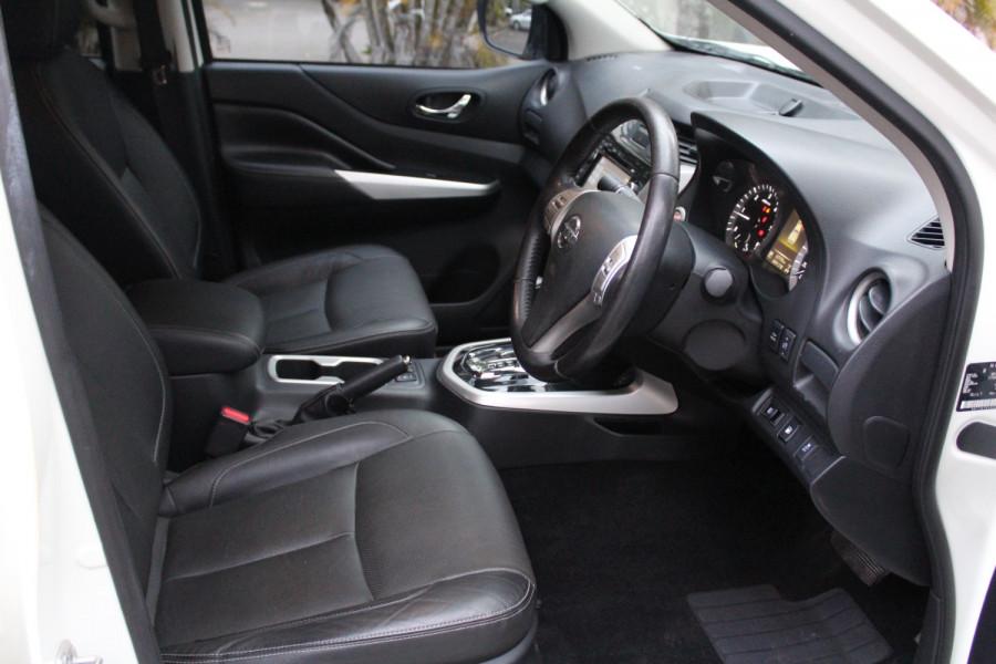 2017 Nissan Navara ST-X Image 16