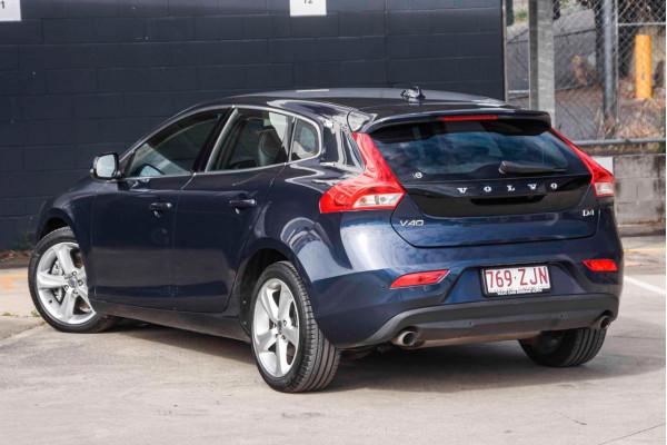 2014 Volvo V40 (No Series) MY14 D4 Luxury Hatchback Image 2