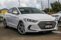Hyundai Elantra Elite 2.0 MPI AD