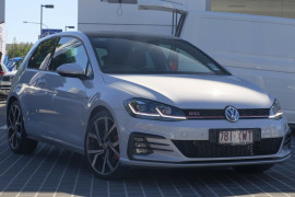 Volkswagen Golf GTi Performance Edition 1 7.5