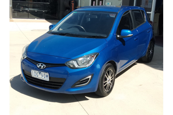 2013 Hyundai I20 Image 4