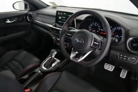 2019 Kia Cerato Hatch BD GT Hatchback Image 5