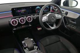 2018 Mercedes-Benz A-class W177 A250 Hatchback Image 5