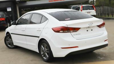 2017 Hyundai Elantra AD Active Sedan Image 2