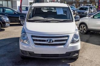 2016 Hyundai Iload TQ3-V Series II MY16 Van Image 4