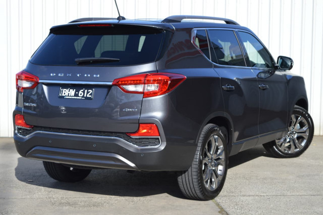 2020 SsangYong Rexton Ultimate 8 of 20