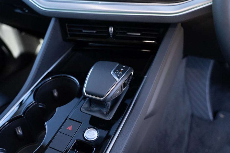 2021 Volkswagen Touareg CR 170TDI Suv Image 20