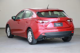 2014 Mazda 3 BM5478 Touring Hatchback Image 3