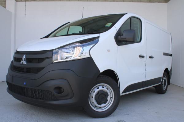 2020 MY21 Mitsubishi Express GLX SWB Manual Van Image 3