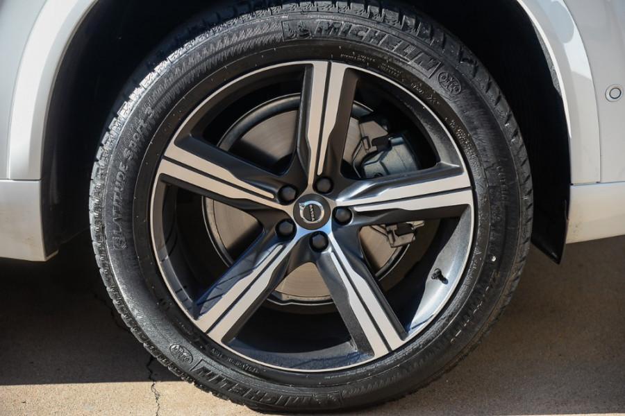 2017 Volvo XC90 L Series T6 R-Design Suv Mobile Image 19