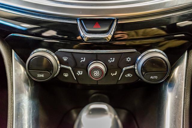 2017 Holden Commodore Wagon Image 33