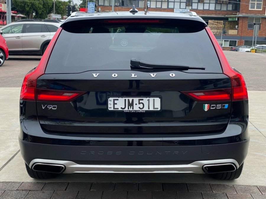 2017 Volvo V90 P MY17 D5 Cross Country Inscription Wagon Image 5