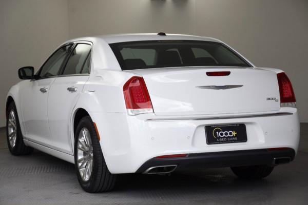 2015 Chrysler 300 LX MY15 C Sedan Image 3