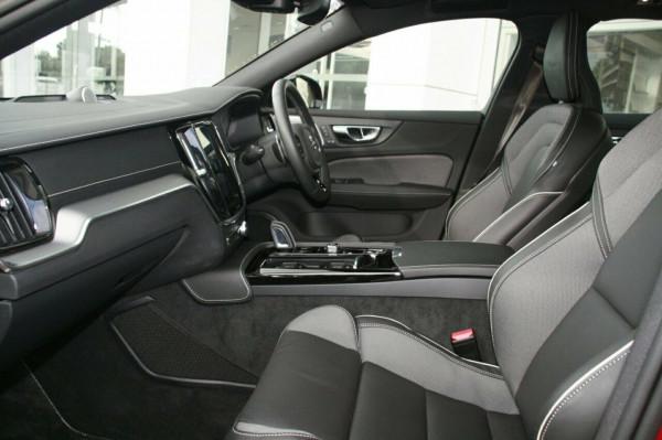 2019 Volvo S60 T8 R-DESIGN Wagon