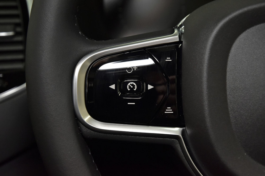 2019 Volvo XC90 L Series D5 Inscription Suv Mobile Image 19