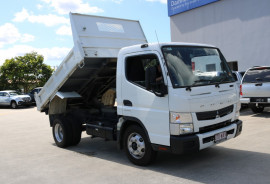 Fuso Canter USED AUTOMATIC TIPPPER 715  4X2