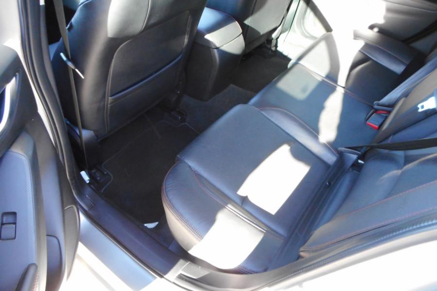 2015 Mazda 3 Hatchback Image 13