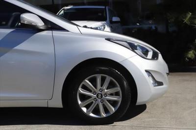 2014 Hyundai Elantra MD3 SE Sedan Image 5