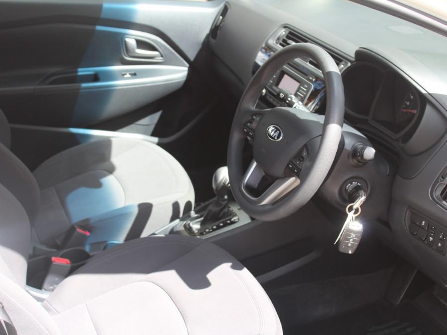 2016 Kia Rio UB  S Hatchback