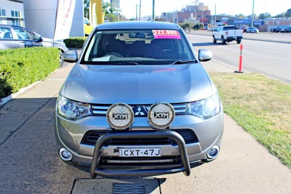 2013 Mitsubishi Outlander ZJ  LS Suv Image 3