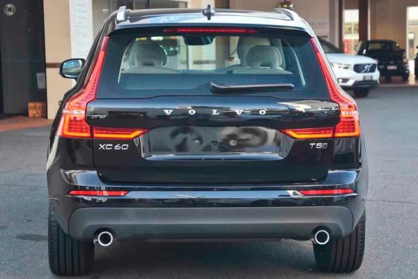 2020 MY21 Volvo XC60 UZ T5 Momentum Suv Image 3