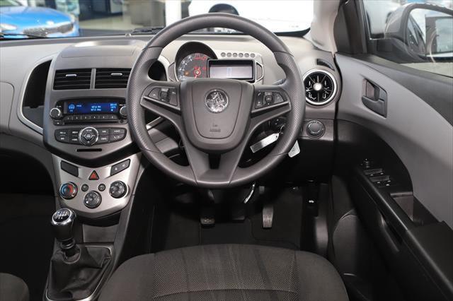 2016 Holden Barina TM MY16 CD Hatchback Image 12