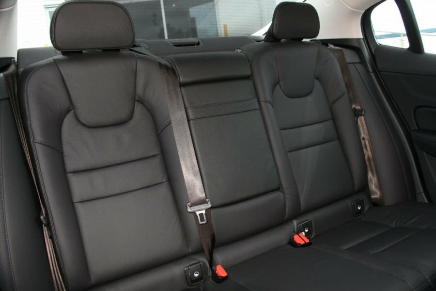 2019 MY20 Volvo S60 Z Series T5 Inscription Sedan Mobile Image 10