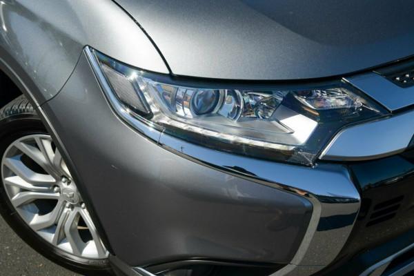 2020 Mitsubishi Outlander ZL MY20 ES AWD Suv Image 2