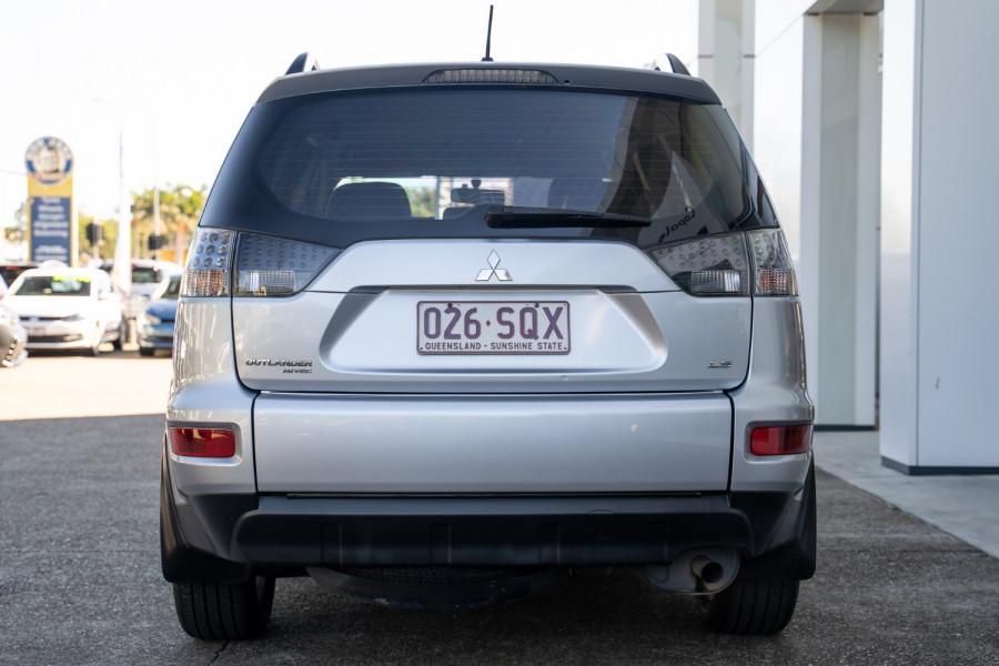 2012 Mitsubishi Outlander LS