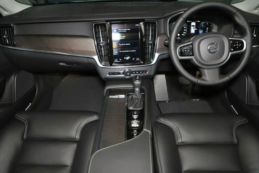 2019 MY20 Volvo V90 236 MY20 D5 Cross Country Inscription Wagon Mobile Image 5
