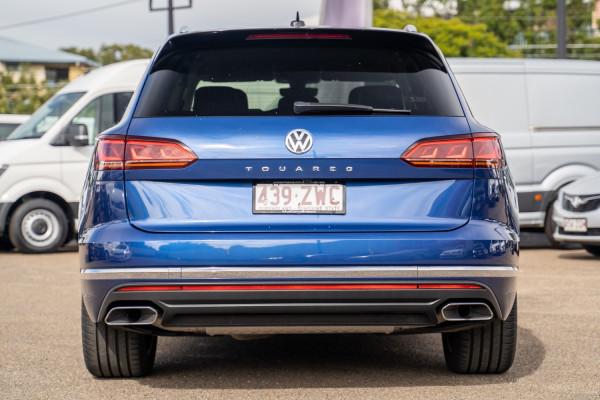 2019 Volkswagen Touareg CR  190TDI Launch Edi Suv Image 5