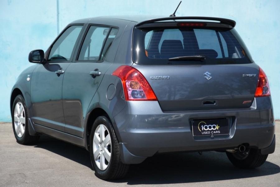2009 Suzuki Swift RS415 GLX Hatchback Image 3