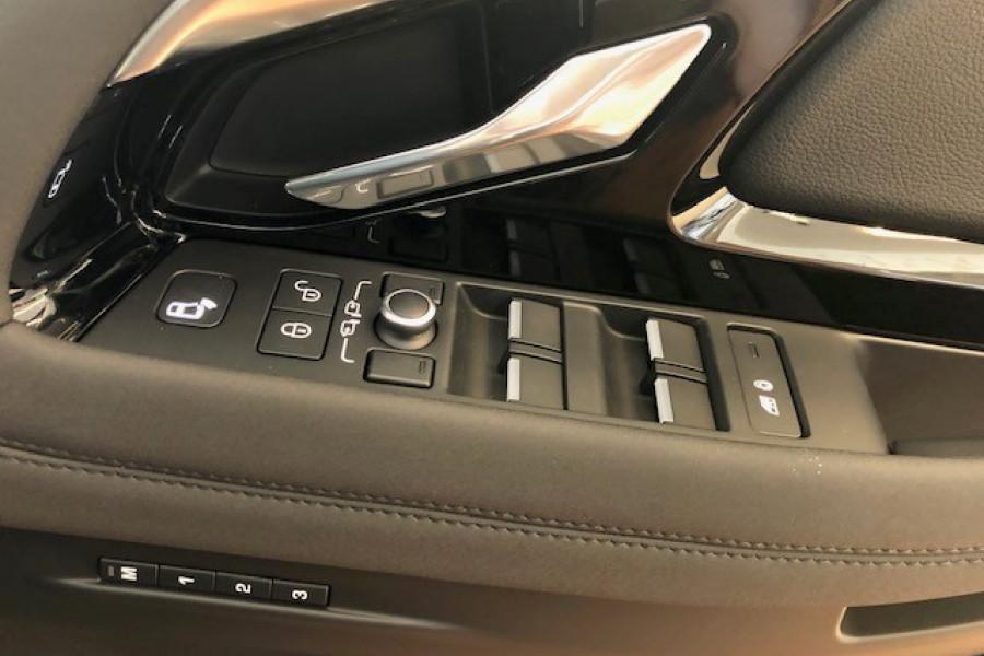 2019 MY20 Land Rover Range Rover Evoque L551 R-Dynamic SE Suv Image 17