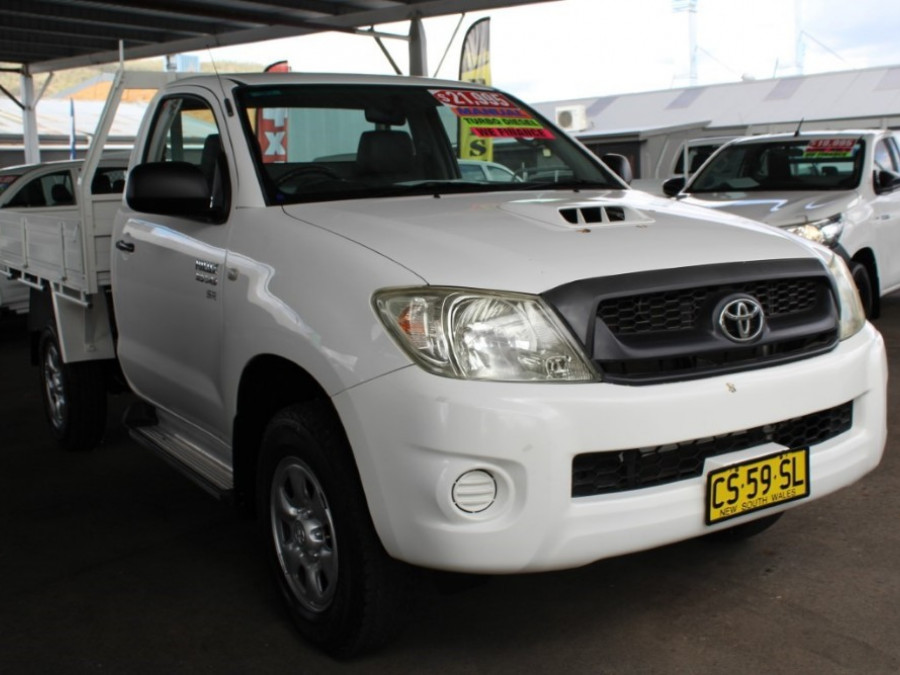 2009 MY10 Toyota HiLux KUN26R  SR Cab chassis - single cab