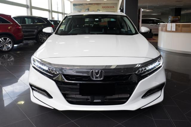 2019 Honda Accord 10th Gen VTI-LX Sedan Image 4