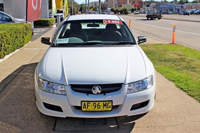 2005 Holden Ute VZ Utility - extended cab Image 2
