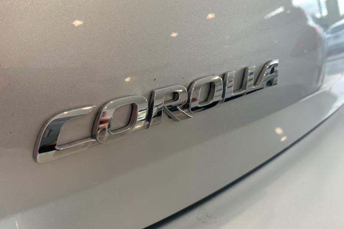 2017 Toyota Corolla ZRE182R Ascent Hatchback Image 10