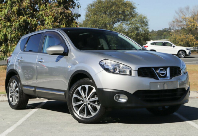 2011 MY10 Nissan Dualis J10 Series II MY2010 Ti Hatch X-tronic Hatchback