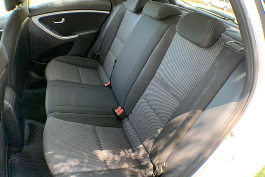 2013 Hyundai I30 GD Active Hatch Image 15