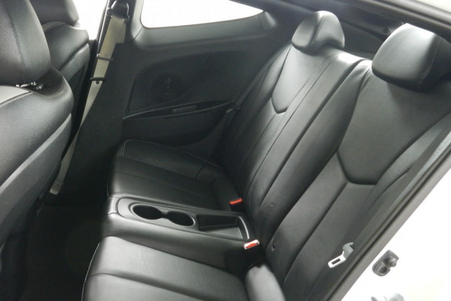 2016 Hyundai Veloster FS4 Series II SR Hatchback Mobile Image 20