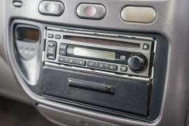 2000 Mitsubishi Starwagon WA GL Wagon Image 5