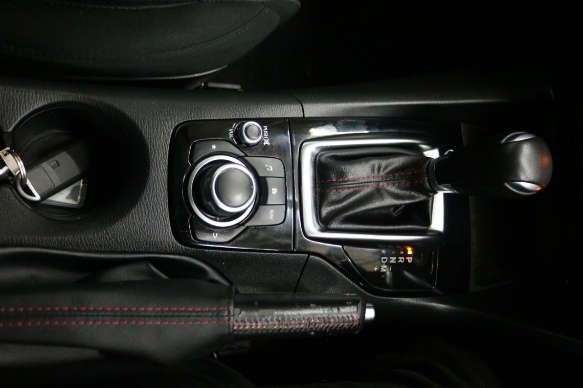 2016 Mazda 3 BM5478 MAXX Hatchback Image 11