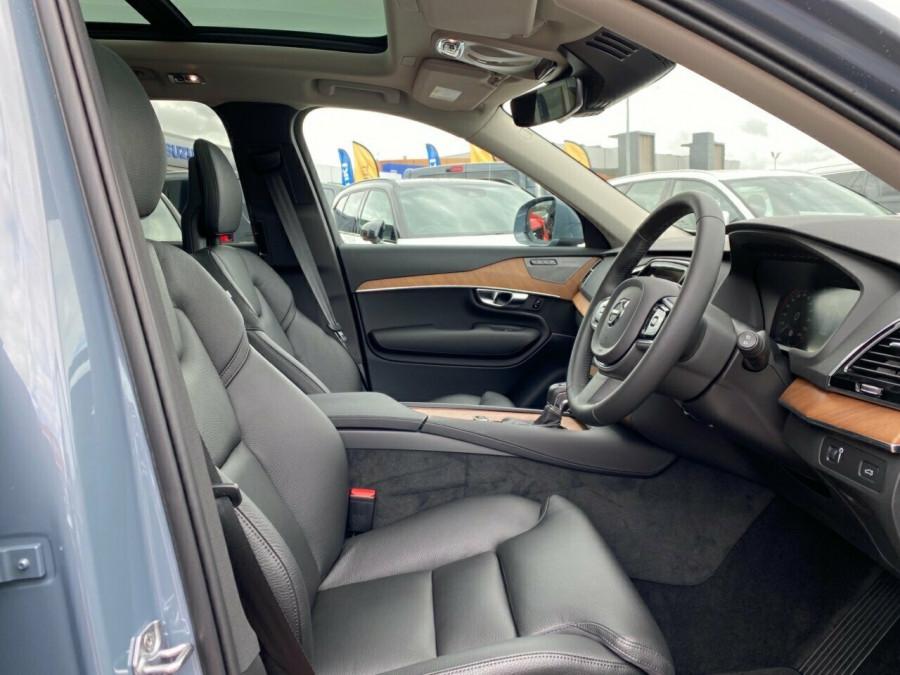 2020 MY21 Volvo XC90 L Series D5 Momentum Suv Image 7